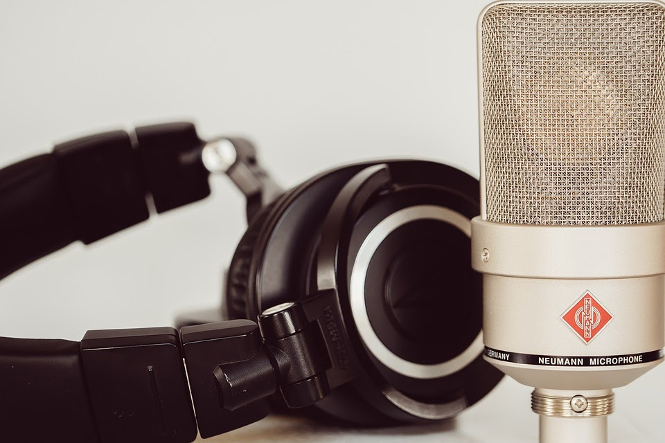 5 Explainer Video Voice Over Styles